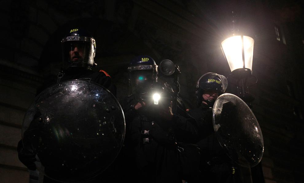 l25 2626 Студенческие акции протеста в Лондоне