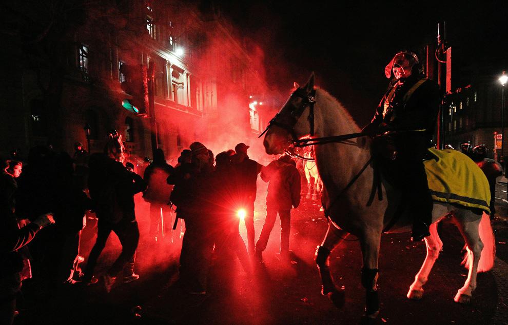 l26 2626 Студенческие акции протеста в Лондоне