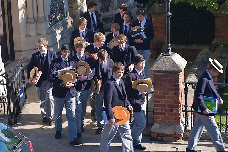 0824 Школьная форма в Англии