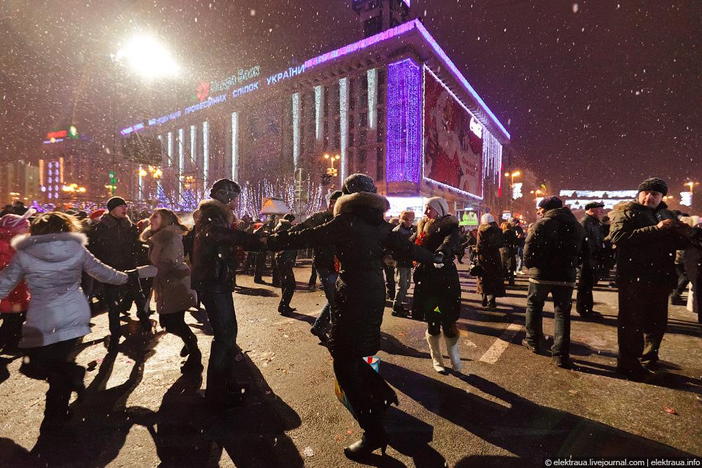 102 Новый Год на Майдане