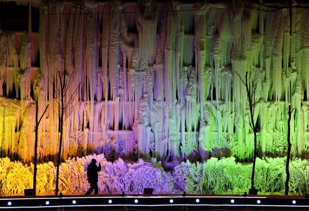 1113 990x677 Международный фестиваль льда и снега в Харбине