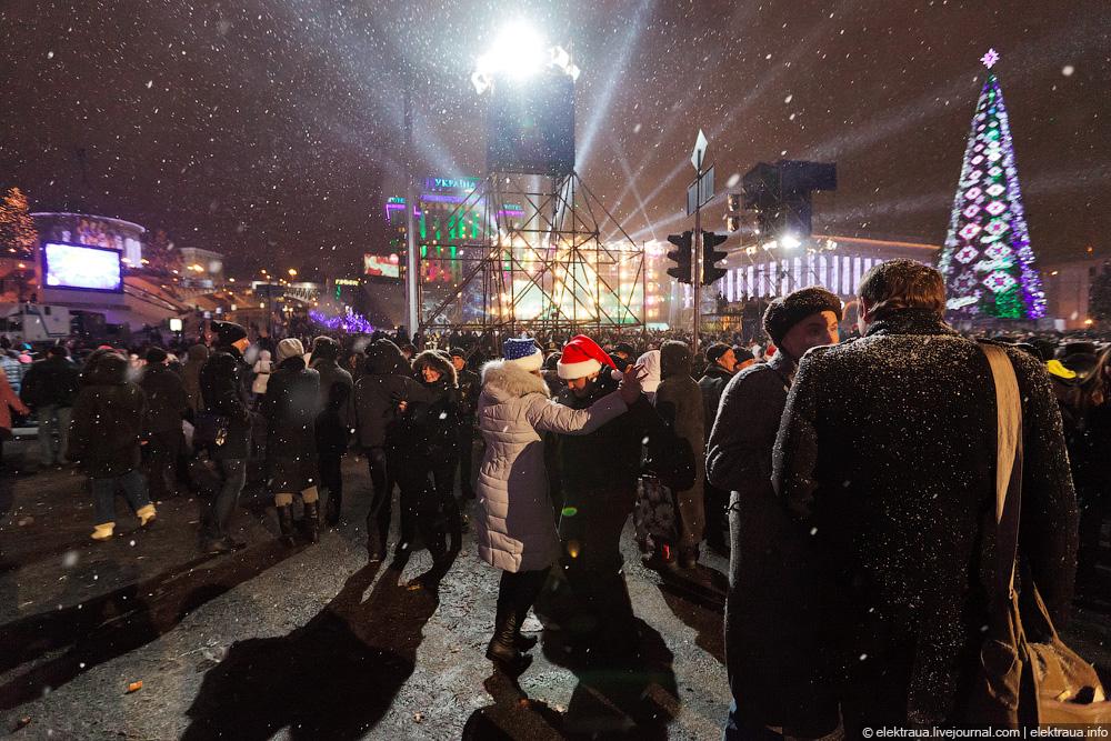 112 Новый Год на Майдане