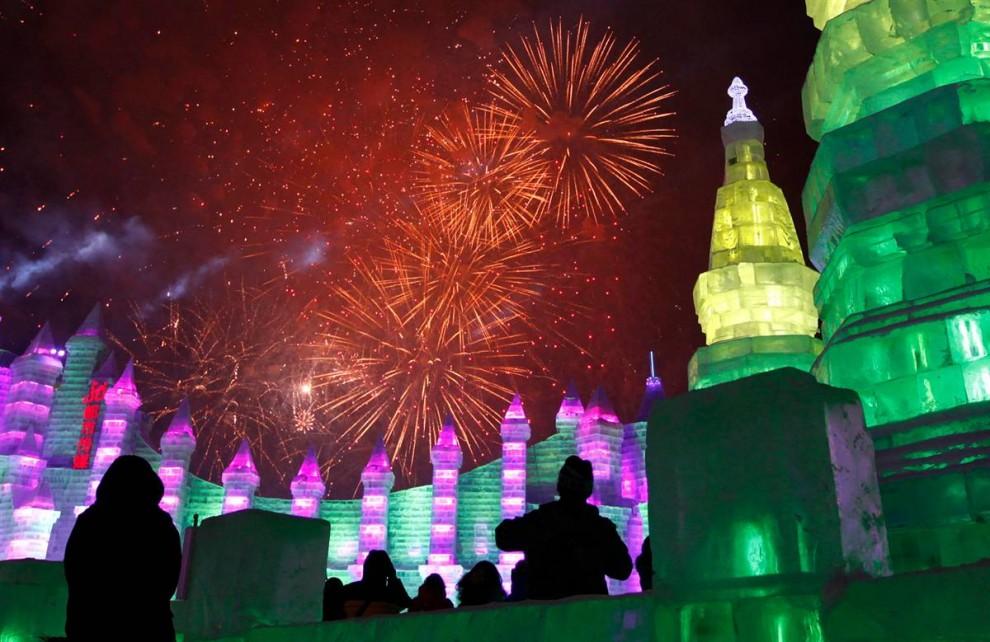 139 990x642 Международный фестиваль льда и снега в Харбине
