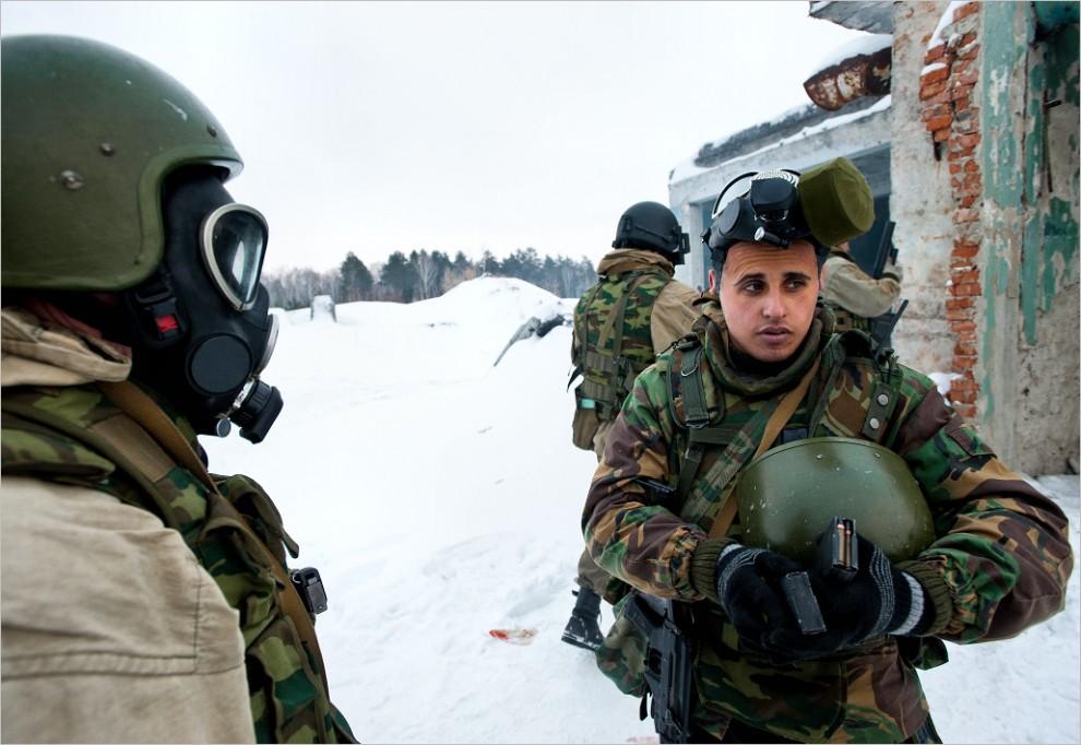 245 990x682 Учения милицейского спецназа в Кургане