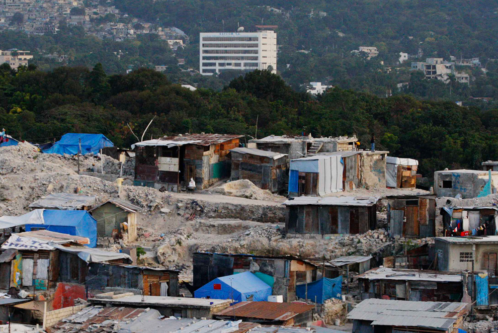 Гаити год спустя