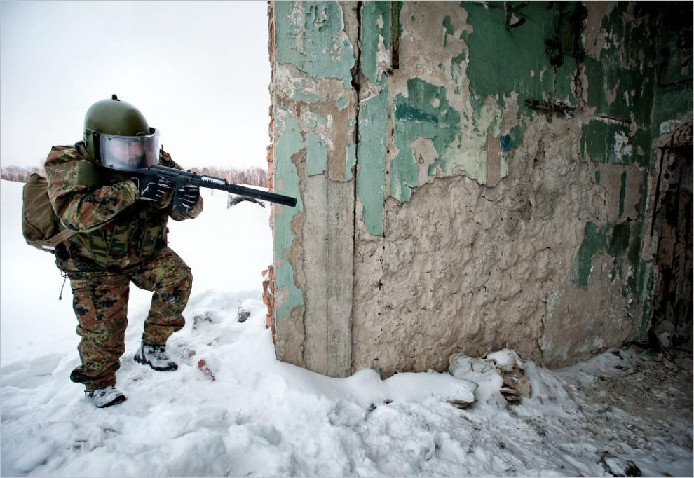 303 990x682 Учения милицейского спецназа в Кургане
