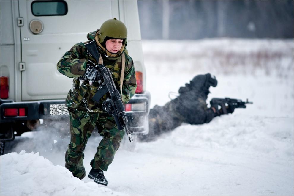513 990x659 Учения милицейского спецназа в Кургане