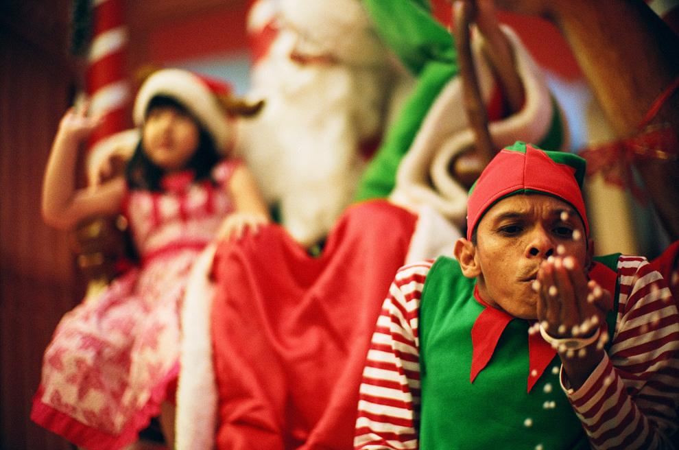 c04 9326 Рождественские праздники 2010: фото со всего мира