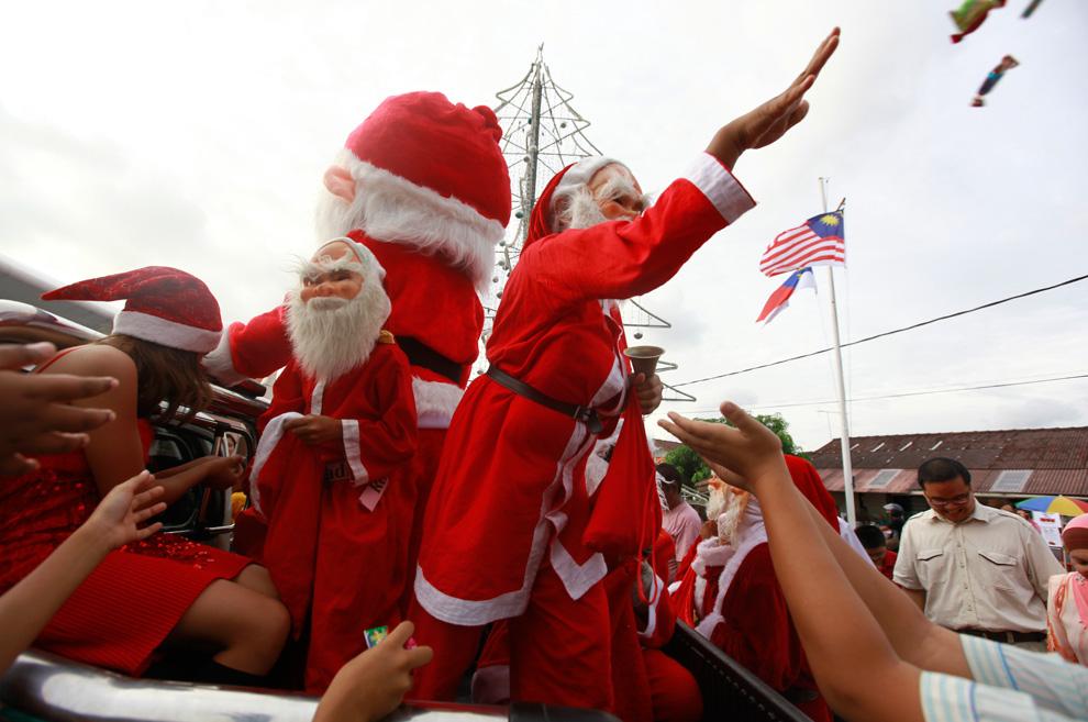 c30 9376 Рождественские праздники 2010: фото со всего мира