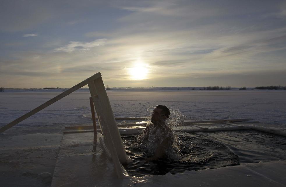 epiphao1 Крещенские купания 2011