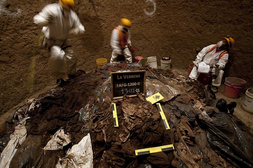guat11221.sJPG 900 540 0 95 1 50 50.sJPG kuburan massal di Guatemala