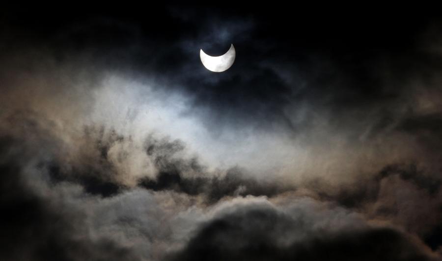 pb partial lunar eclipse 01 eg.photoblog900 Первое в 2011 году солнечное затмение