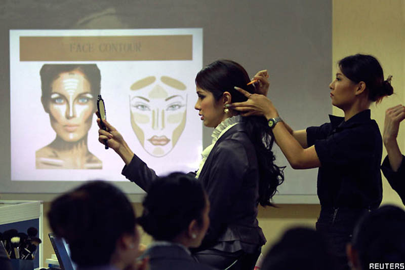 Pramugari 0320 Thailand transeksual