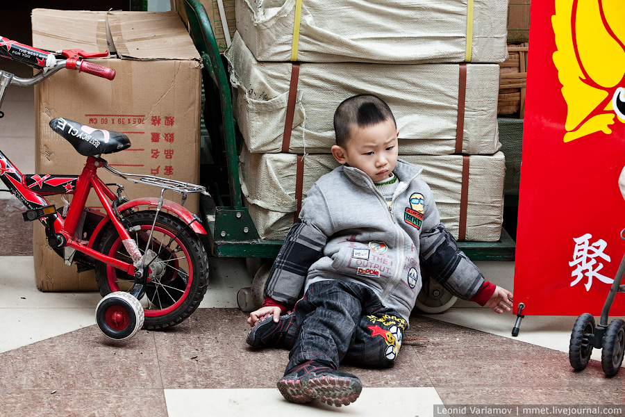 13109 Чайный рынок Fang Cun в Гуачнжоу
