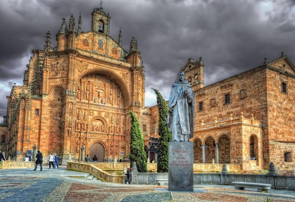 1439 Изумительная архитектура Испании