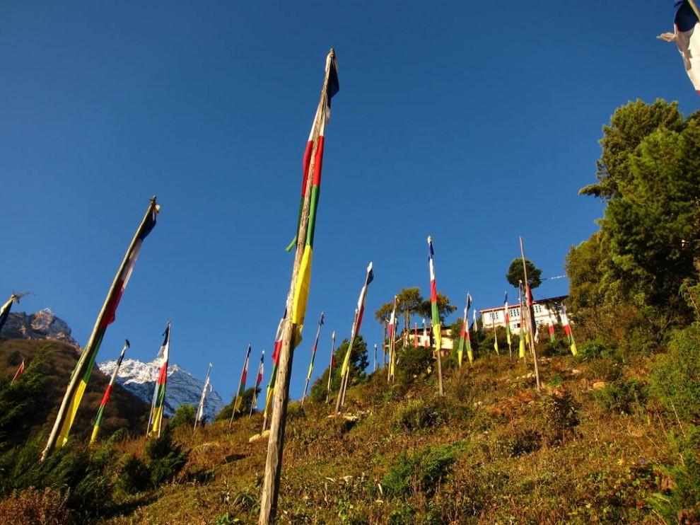 Буддистский монастырь Ribum Monastery, Lho, Манаслу трек, Непал.