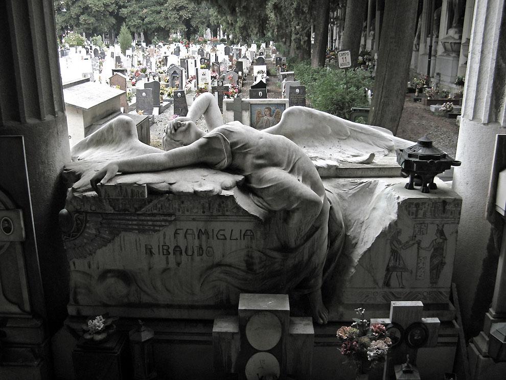 3600555565 cbfa5d3655 b Старинное кладбище Стальено в Генуе