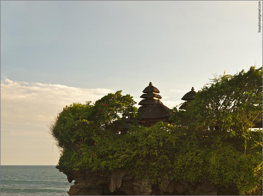 Храм Танах-Лот. Бали