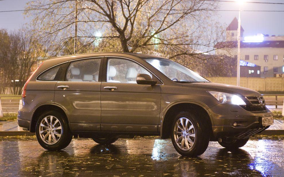Car Review : HONDA   CRV 2011