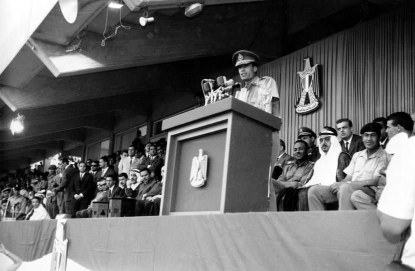 02 Муаммар Каддафи в разные годы своего правления