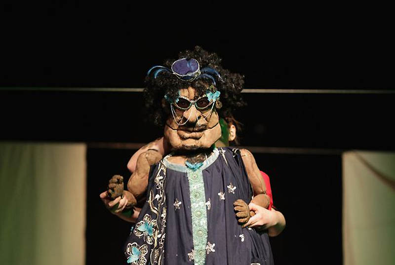 0421 Кукольный спектакль про Каддафи