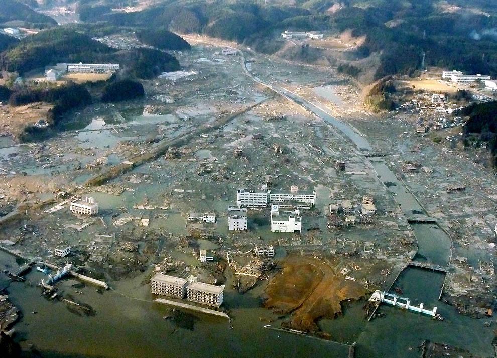 0426 Последствия землетрясения и цунами в Японии