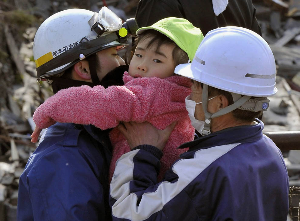 0723 Последствия землетрясения и цунами в Японии