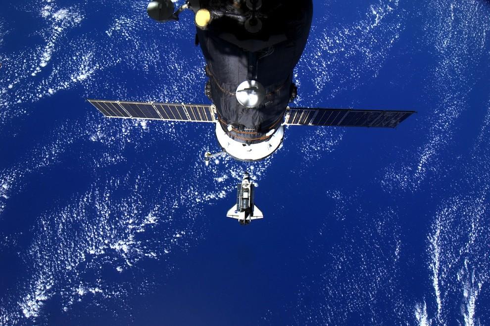 0728 Выход в открытый космос: Голубое небо под ногами