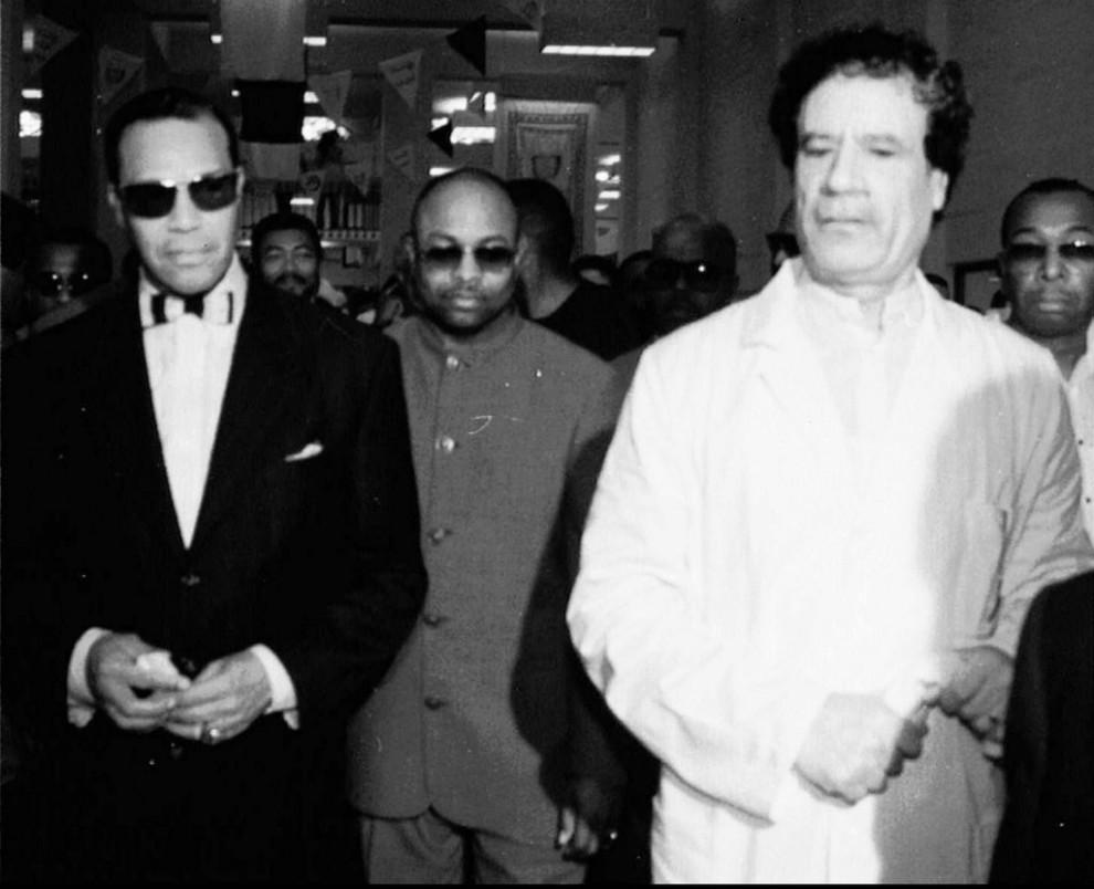 11 990x804 Муаммар Каддафи в разные годы своего правления