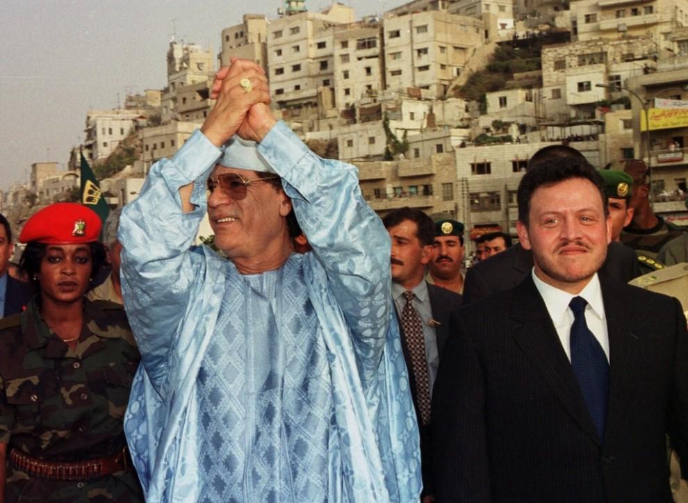16 990x724 Муаммар Каддафи в разные годы своего правления
