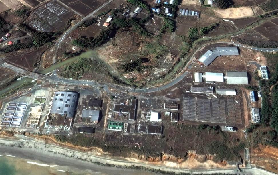 1819 Снимки со спутника: До и после землетрясения в Японии