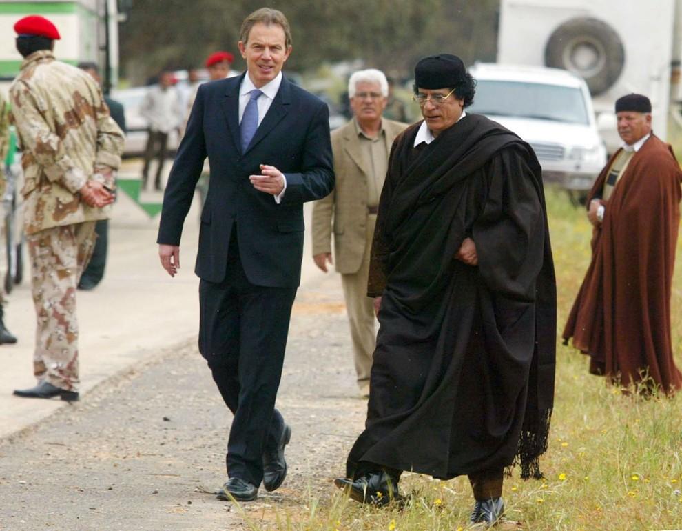 19 990x770 Муаммар Каддафи в разные годы своего правления