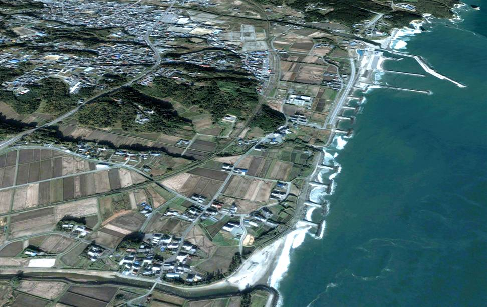 2121 Снимки со спутника: До и после землетрясения в Японии