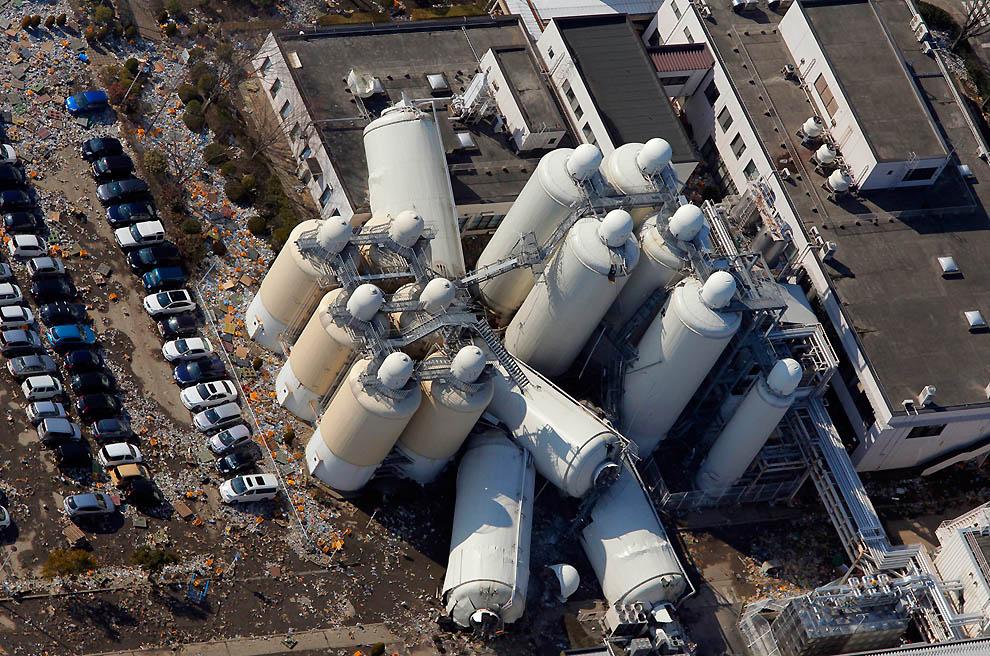 2320 Последствия землетрясения и цунами в Японии
