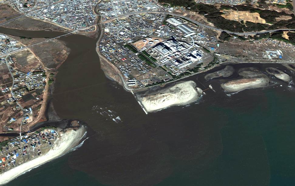 289 Снимки со спутника: До и после землетрясения в Японии