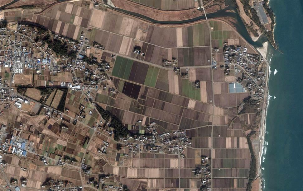 299 Снимки со спутника: До и после землетрясения в Японии