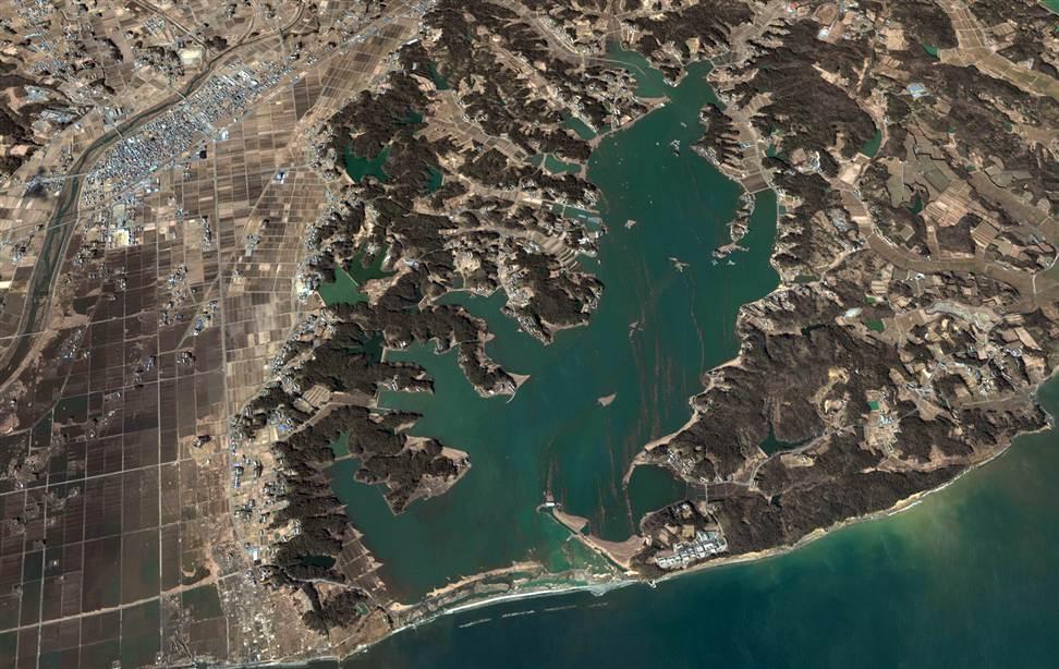 3211 Снимки со спутника: До и после землетрясения в Японии