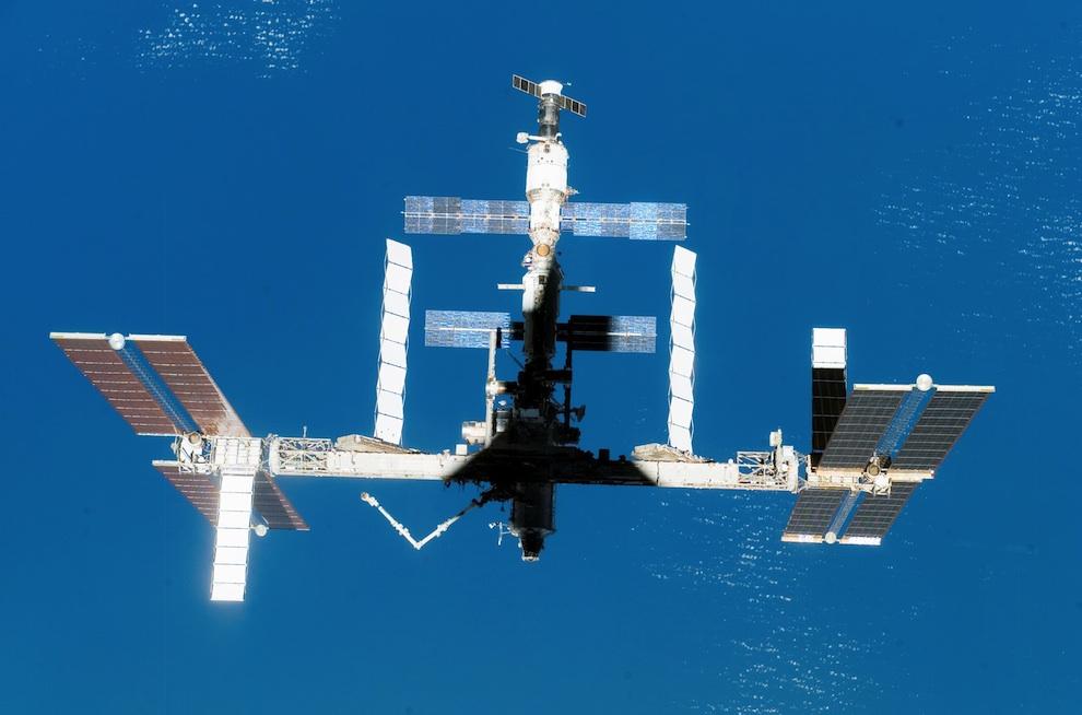 3314 Выход в открытый космос: Голубое небо под ногами