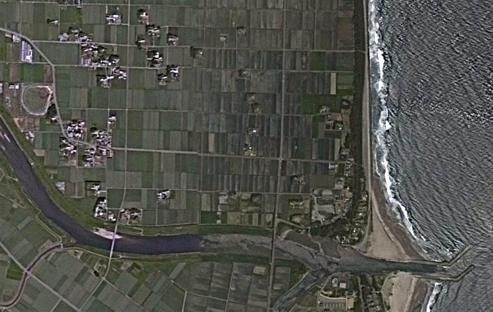 337 Снимки со спутника: До и после землетрясения в Японии