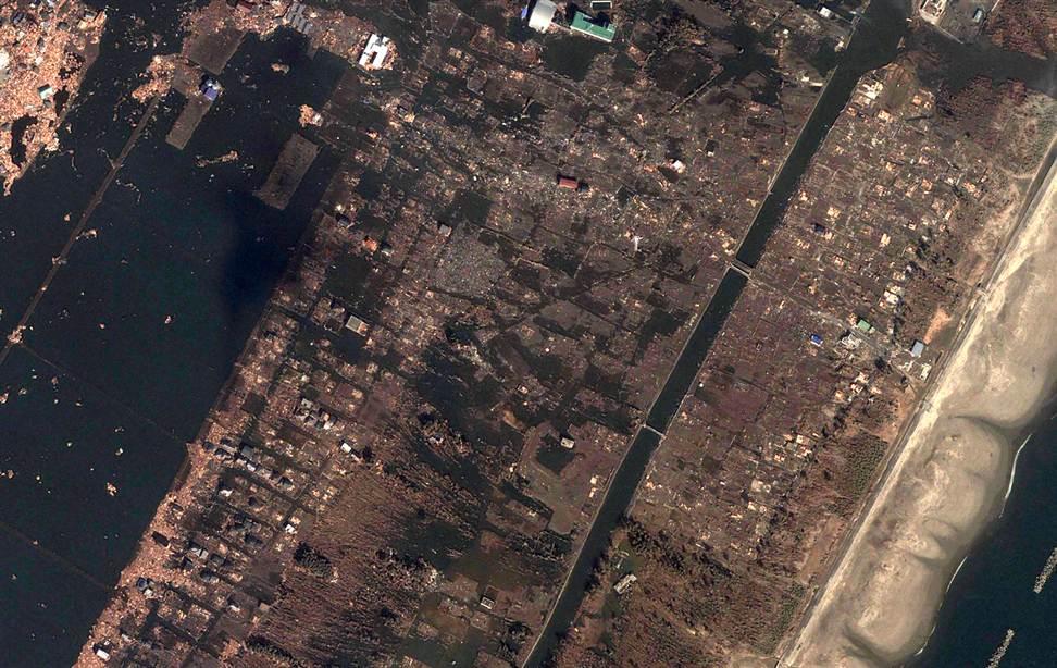385 Снимки со спутника: До и после землетрясения в Японии