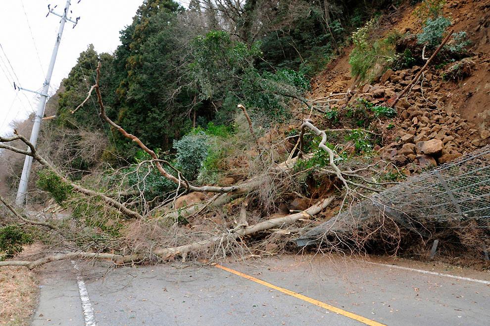 472 tsunami dan konsekuensi lain dari gempa di Jepang