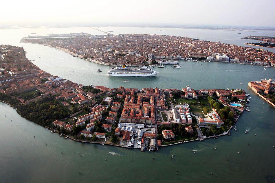 http://bigpicture.ru/wp-content/uploads/2011/03/Veneciya_08.jpeg