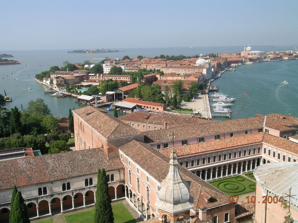 http://bigpicture.ru/wp-content/uploads/2011/03/Venice_16-990x742.jpg