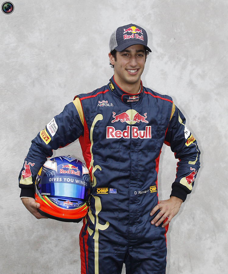 f1 022 Формула 1: Сезон 2011 открыт