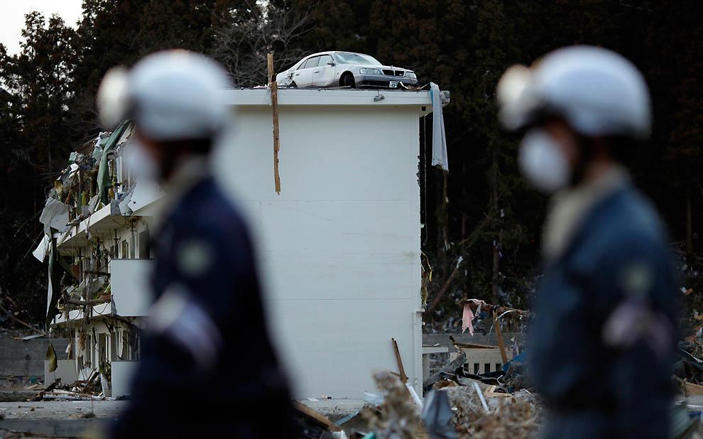j32 RTR2K8RK Япония: через две недели после землетрясения