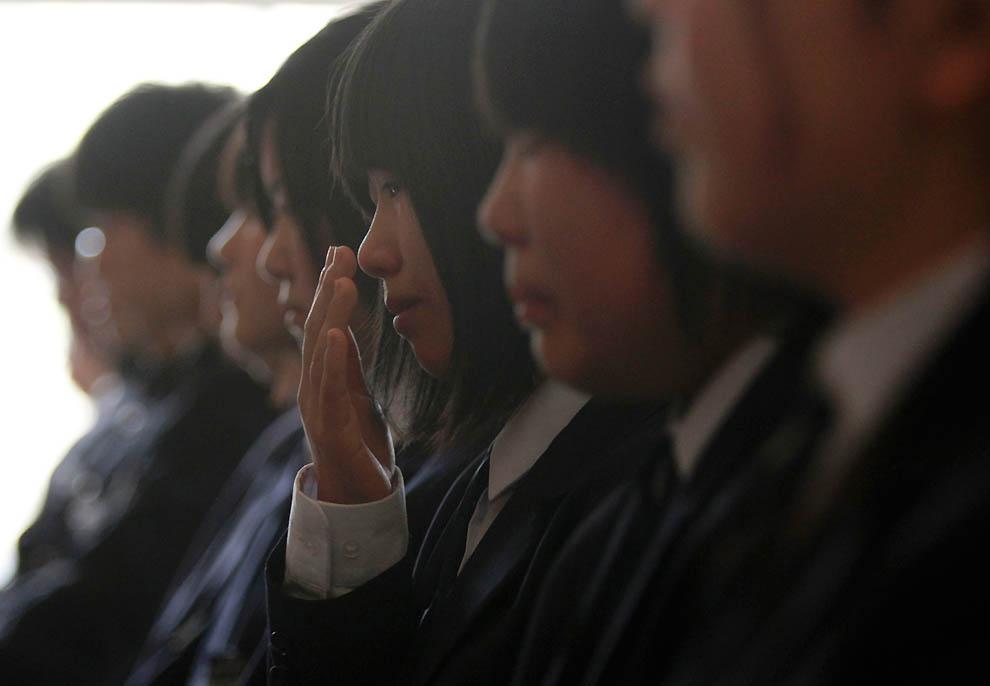 j37 RTR2KA1N Япония: через две недели после землетрясения