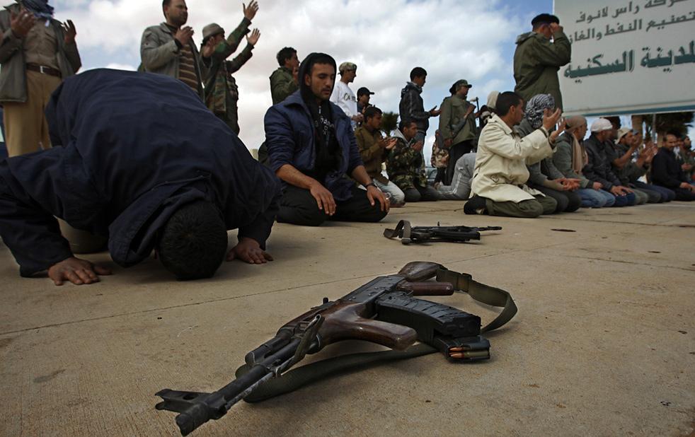 libya s3 Война в Ливии: Бои за Рас Лануф