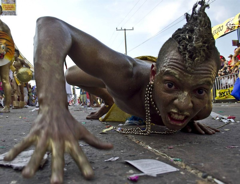 ss 110506 carnival 03.ss full 800x615 Карнавалы 2011