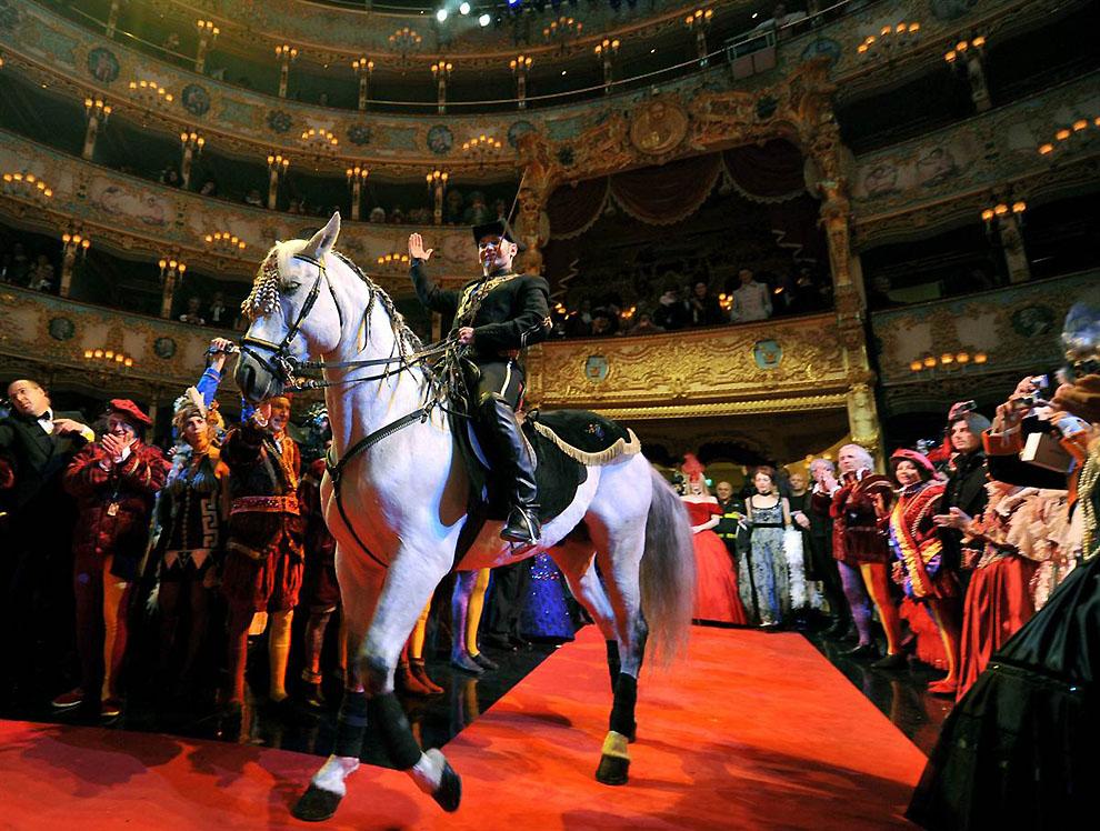 ss 110506 carnival 05.ss full Карнавалы 2011
