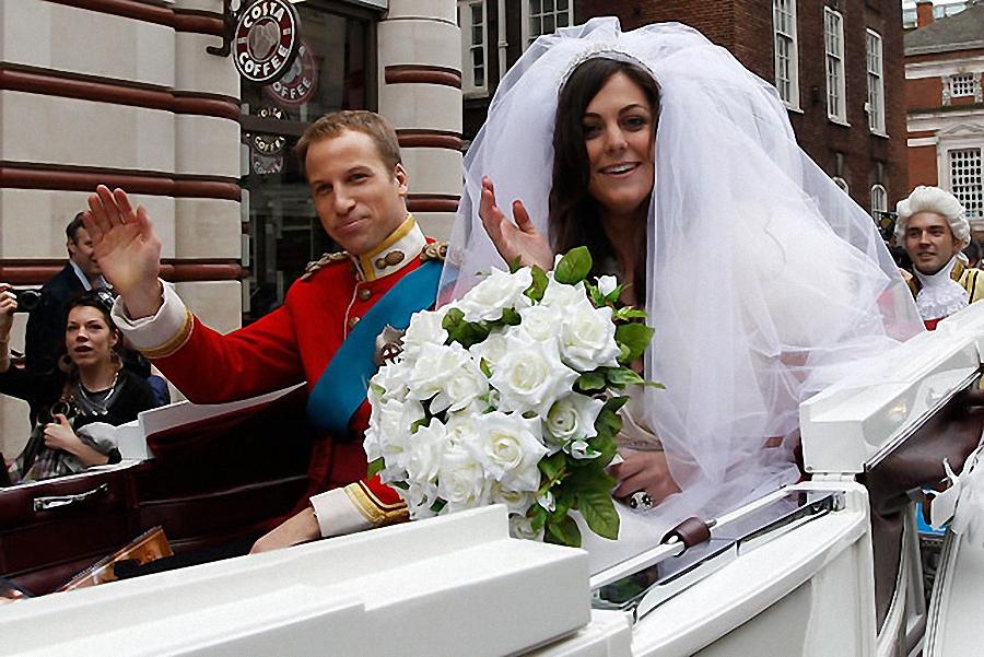 9. Напомним, настоящая свадьба Принца Уильяма и Кейт Миддлтон